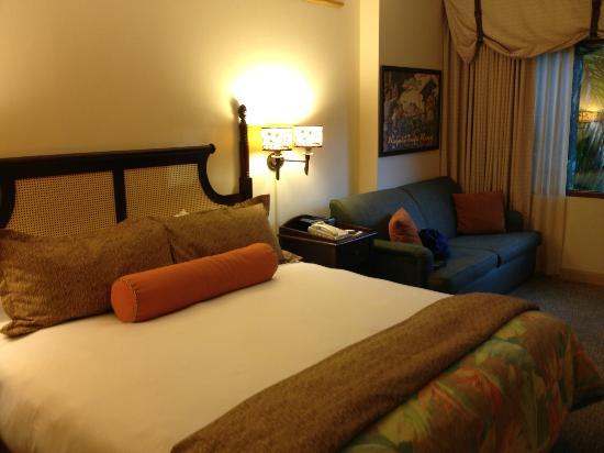 Loews Royal Pacific Resort at Universal Orlando: Lovely comfy bed