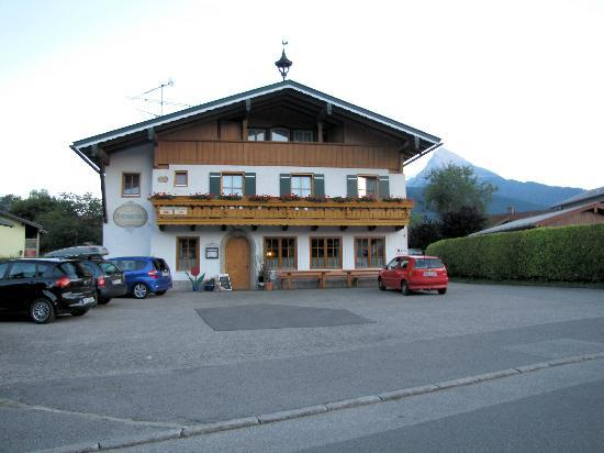 Gasthof & Pension Watzmannblick