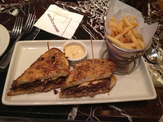 Grand Lux Cafe Burger Melt