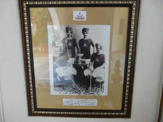 Sugan Niwas Palace: A family portrait