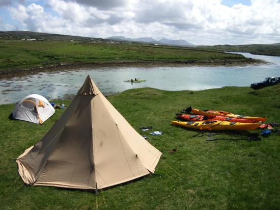 ‪Clifden Eco Beach Camping & Caravanning Park‬