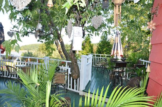 Boutique picture of auberge du mange grenouille le bic for Auberge bic