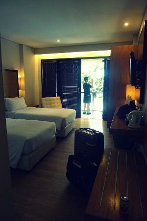 Dekuta Hotel: Twin beds