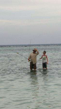 Hotel Maya Luna: Fly fishing with Nick in the centre of the town