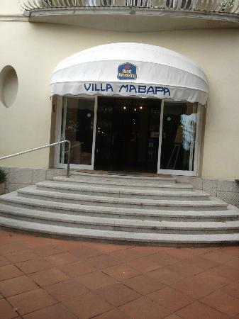BEST WESTERN Hotel Villa Mabapa: Front door of hotel