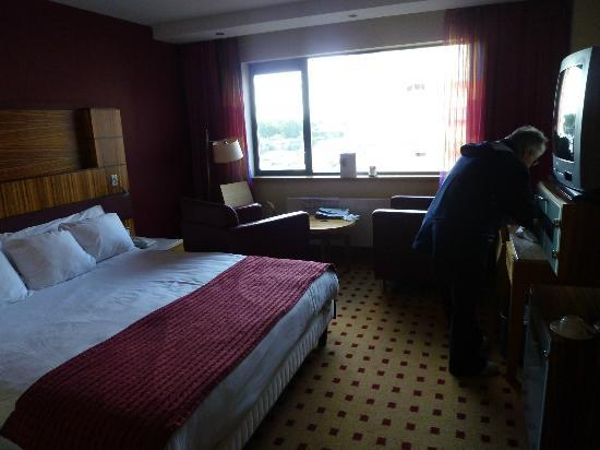 Radisson Blu Hotel, Athlone: Hotel standard room