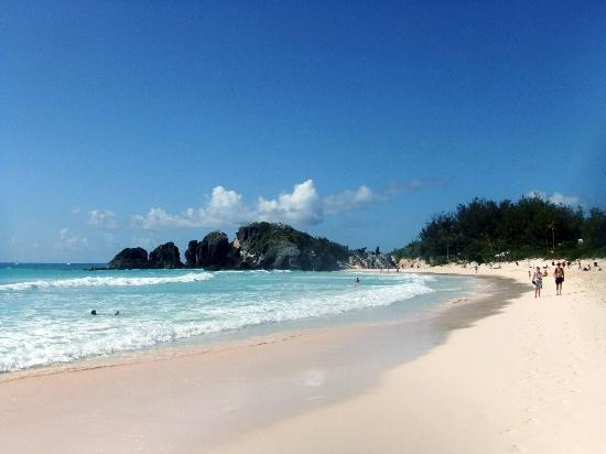 Southampton, Bermuda: Not pink sand like the guide books tell you but wonderful nevertheless