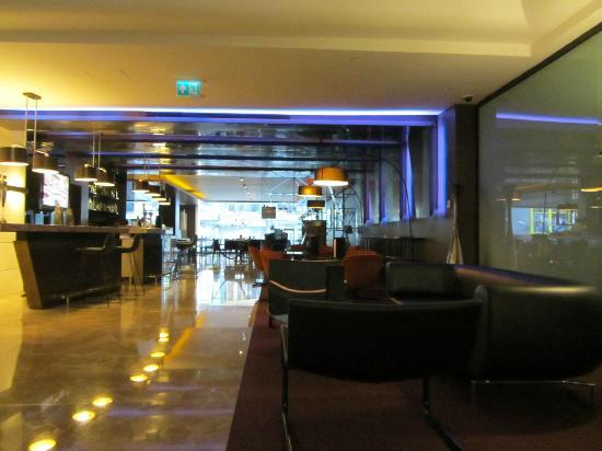 DoubleTree by Hilton Istanbul - Old Town: lobby