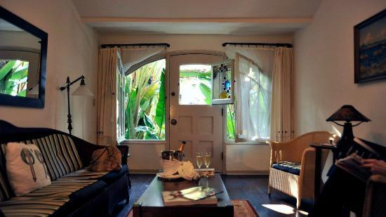 Garden Cottage Living Room Picture Of Chateau Marmont