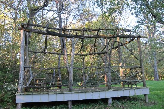 Pheasant Run Farm: twig gazebo