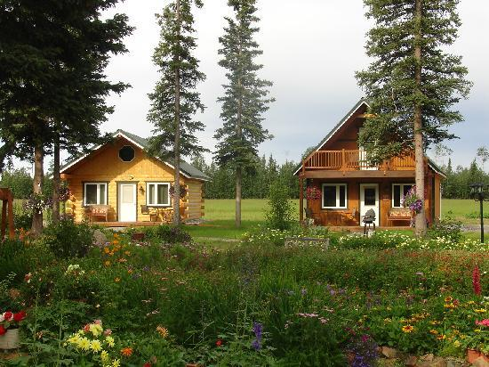 Garden Bed & Breakfast: Our new cabins are ready for your visit