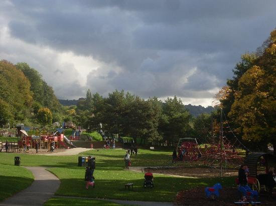 The Chelsea B&B: the huge play park 10 minutes walk away