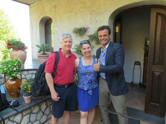 """Villa Monica B&B: Pasquale, the owner and """"good driver"""", giving the """"thumbs up"""" sign!"""