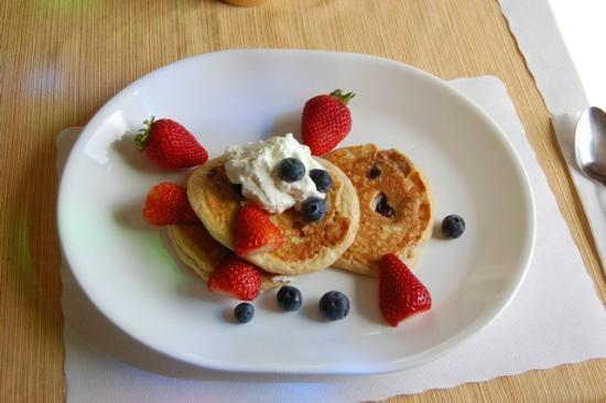 Grey Whale Inn: fresh home made pan cakes