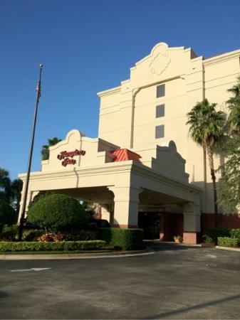 Hampton Inn Orlando - Convention Center: Frontage of Hampton Inn