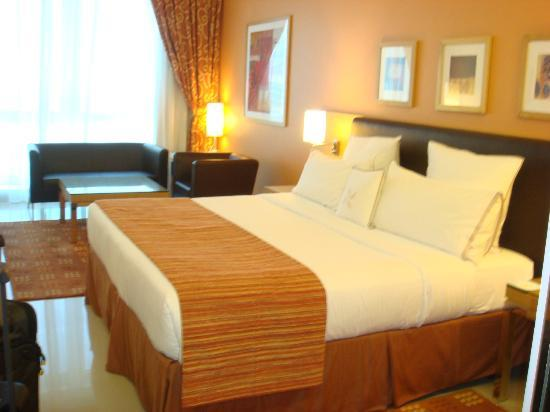 Four Points by Sheraton Downtown Dubai: View of the Room (Classic Room)