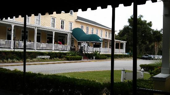 lakeside inn from the gables picture of lakeside inn. Black Bedroom Furniture Sets. Home Design Ideas