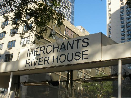 Good fish and chips picture of merchants river house for Best fish and chips nyc