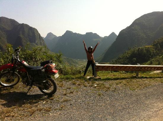 Adventure Indochina Travel Day Tours