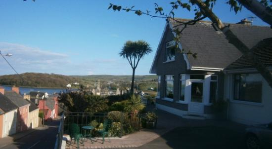 Timoleague, Irlande : Panoramic View over Courtmacsherry Bay from Panorama House