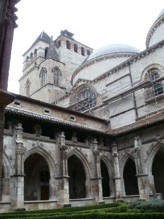 Cath drale de cahors picture of cathedrale saint etienne cahors tripadvisor - Cathedrale saint etienne de cahors ...