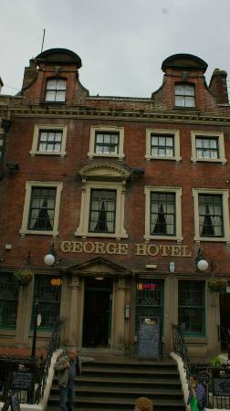 The George Hotel: Scary from the outside.