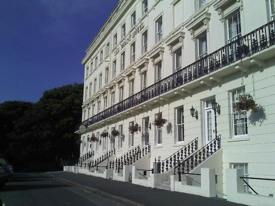 The Mount Hotel: Front of the Hotel