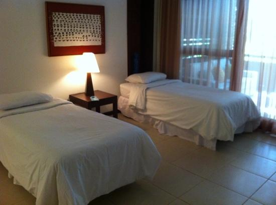 Porto Bay Buzios: two extra beds and still plenty of space