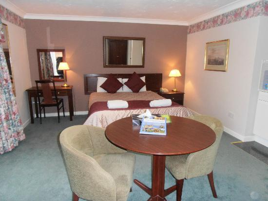 Marlborough House Hotel: Our spacious room at Malborough House
