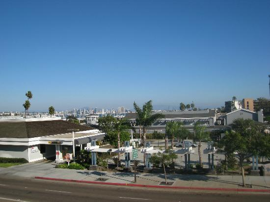 Cabrillo Inn &amp; Suites Airport: View from room #401
