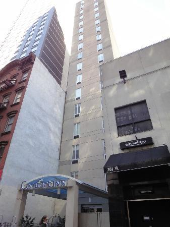 Comfort Inn Times Square South: exterior of the hotel