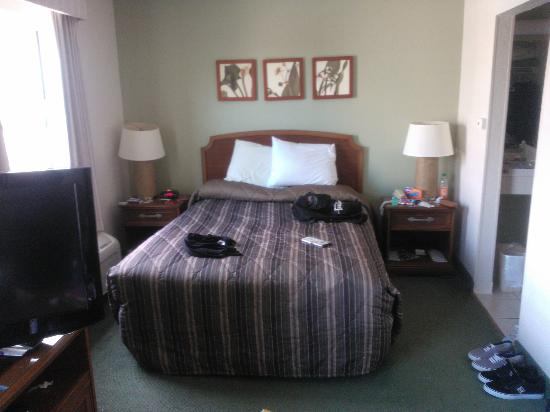 Extended Stay America - Orlando - Convention Ctr - 6443 Westwood: Bedroom area