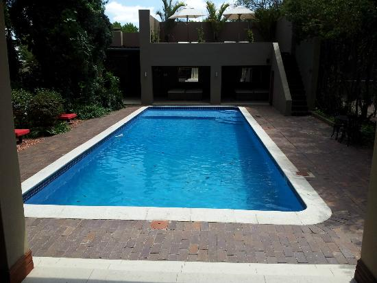 The Residence Boutique Hotel: hot pool (another one)