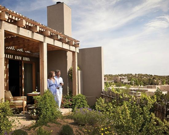 ‪‪Four Seasons Resort Rancho Encantado Santa Fe‬: Guest Room Patio and View‬