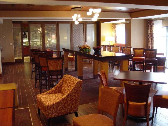 Hampton Inn Pigeon Forge: Dining area