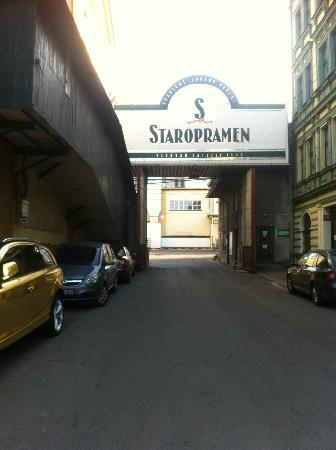 La Boutique Hotel Prague: this is the culprit of a bad nights sleep, hotel is to the right, these are the only parking spa