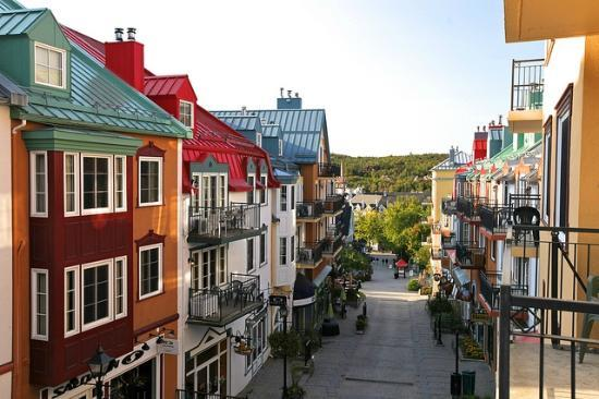 Photo of La Place St. Bernard Hotels Johannsen & Deslauriers Mont Tremblant