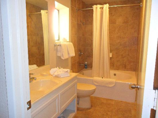 Alexis Park Resort: bathroom
