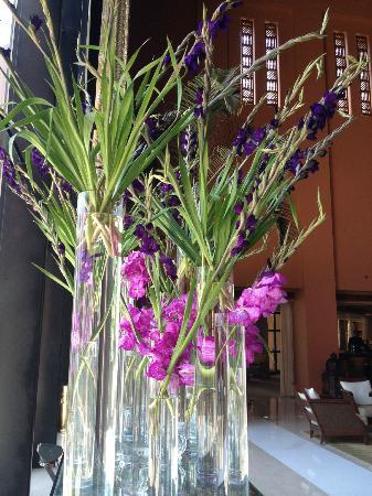 Sofitel Cairo El Gezirah: more nice flowers..... changed them quite regularly