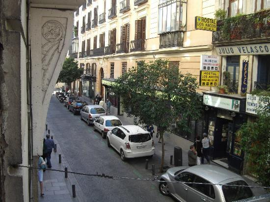 Hostal Castilla II: View onto the street