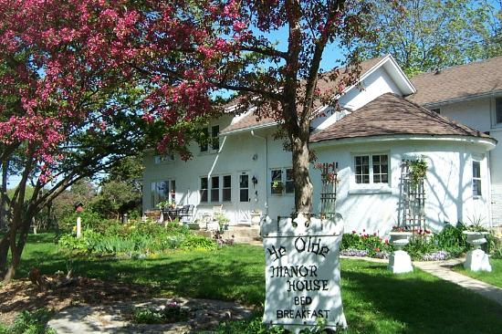Photo of Ye Olde Manor House Bed and Breakfast Elkhorn