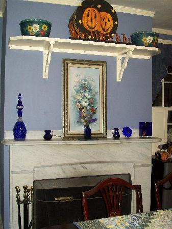 The Henry Derby House: diningroom