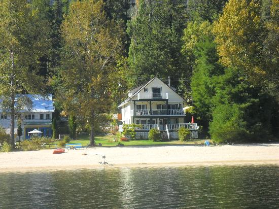 View of Willow Point Beach House B&amp;B fom the paddleboat