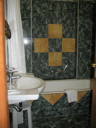 Grand Hotel Parco Del Sole: Bathroom