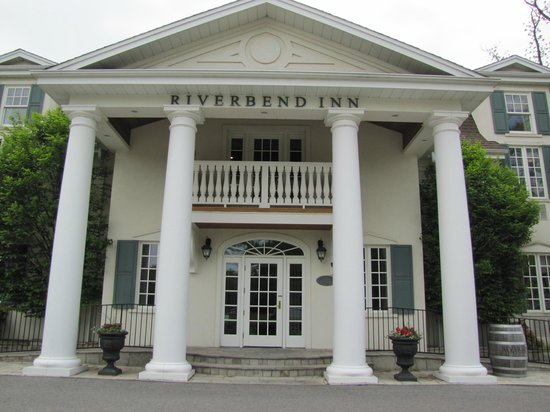 Riverbend Inn and Vineyard: Side