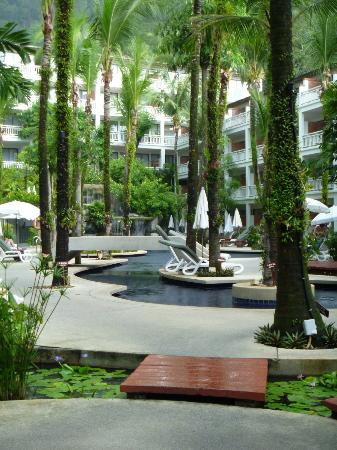 Sunset Beach Resort: Pool Area