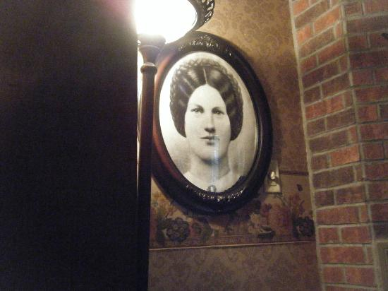 Farnsworth House Inn: Picture of Jennie Wade in her namesake room.