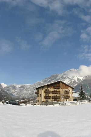 Hotel Alpi Golf: Winter Time