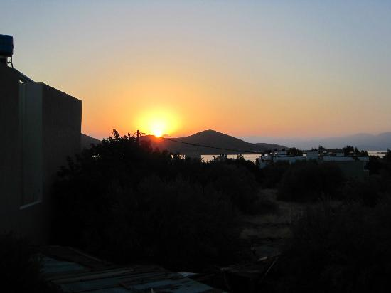 Janet&#39;s Apartments Elounda: Sunrise