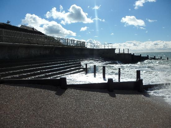 Selsey, UK: Sea Defence at West Sands